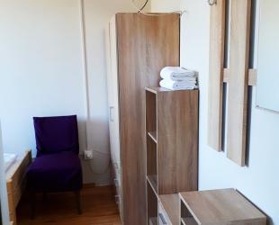 5-ös földszinti szoba